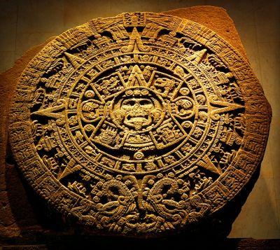 Fili d\'aquilone - num. 7, Terra azteca. Su \
